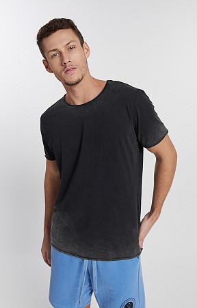 Camiseta Masculina de Malha Corte a Fio Marmorizado do Avesso