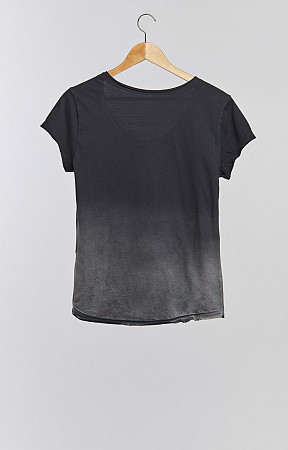 CAMISETA BABY LOOK CORTE A FIO FEMININA - USED DEGRADÊ INFERIOR
