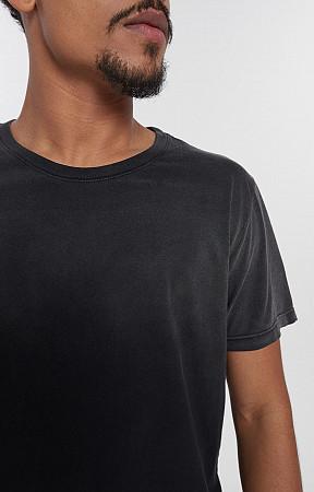 Camiseta Masculina de Malha com Gola Careca Used Superior
