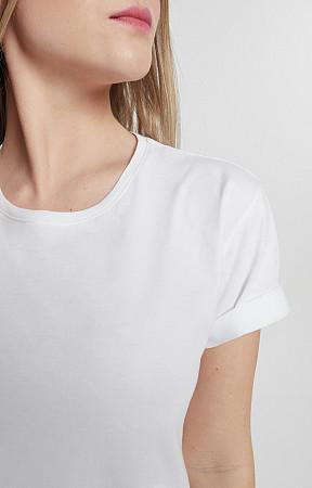 Camiseta Feminina de Malha com Gola Careca Reativo