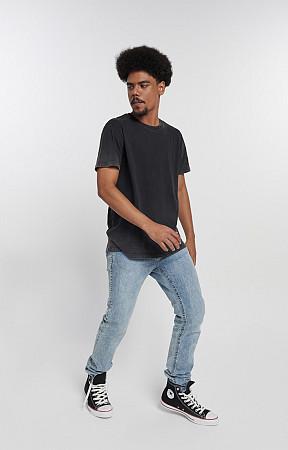 Camiseta Masculina de Malha com Gola Careca Marmorizado do Avesso