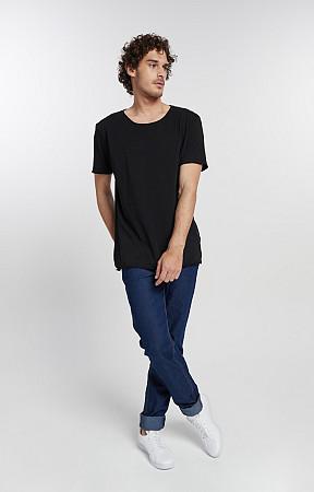 Camiseta Masculina de Malha Corte a Fio Reativo