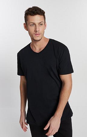 Camiseta Masculina de Malha Decote V Reativo